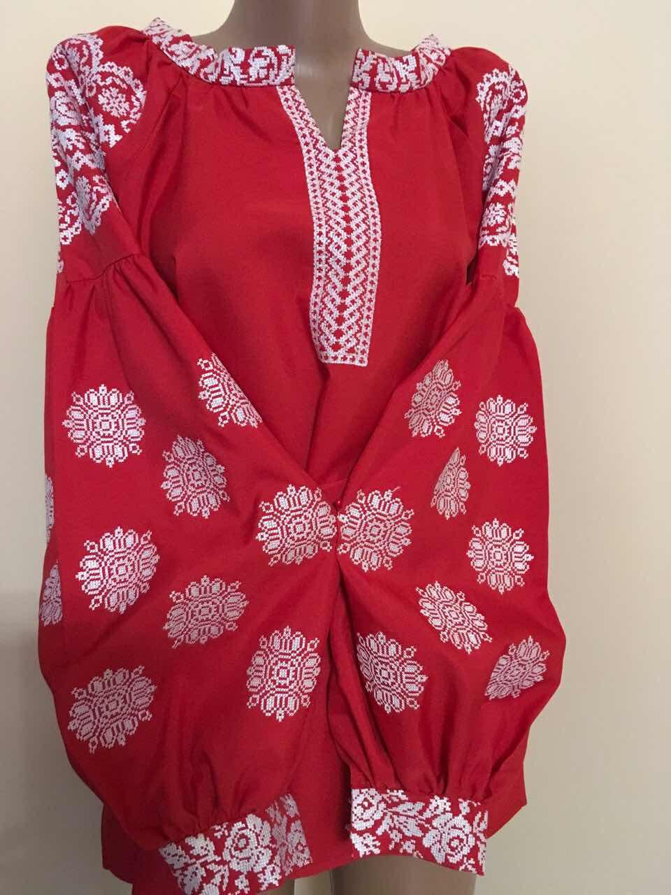 Вишиванка червона на габардині в стилі Бохо 50-52 розмір  продажа ... 86117b807c227