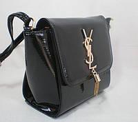 Вместительная лаковая женская сумочка