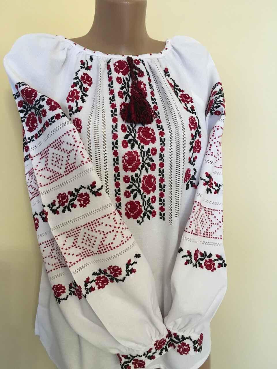 Вишиванка жіноча сірий льон ручна робота 48 розмір - Скарбниця Карпат-  інтернет магазин виробів ручної 9cef2981818a0
