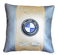 Подушка декоративная с вышивкой эмблемы авто