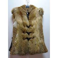 Безрукавка женская из меха лисицы с кожаными вставками