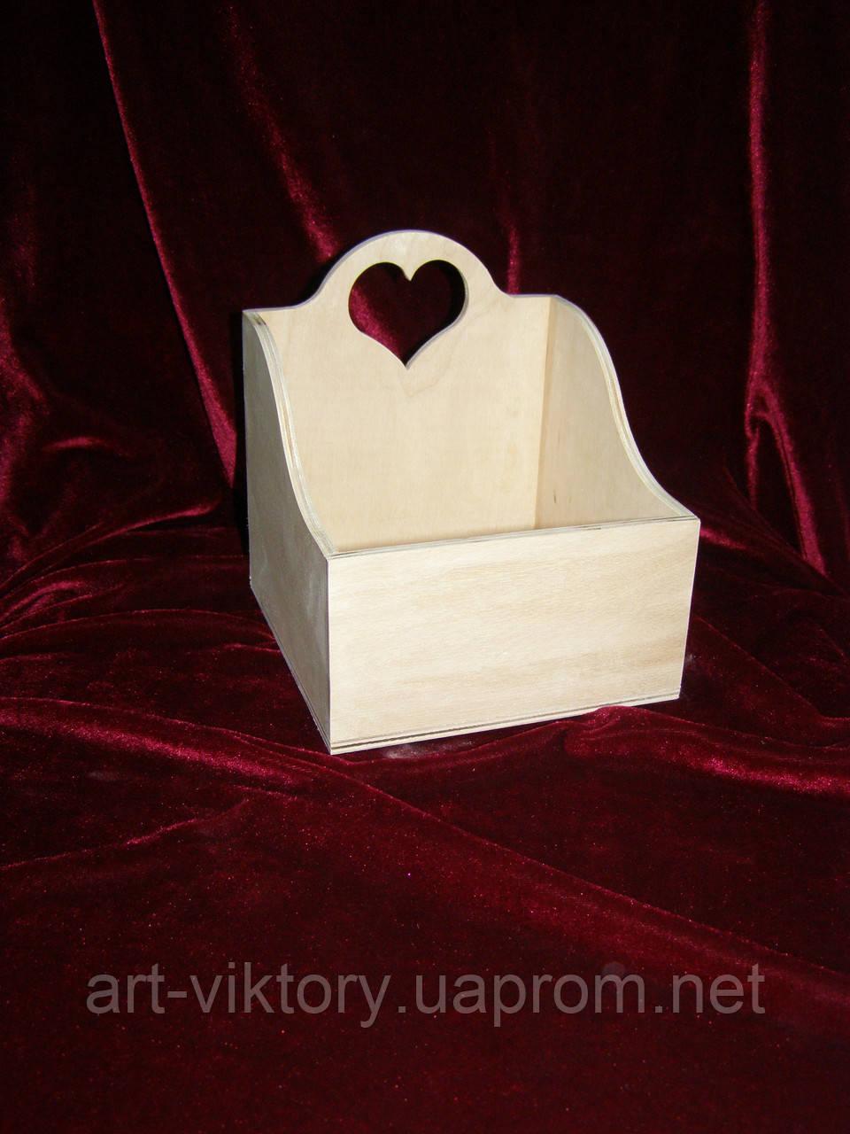 Короб для спецій з сердечком (14 х 14 х 15,5 см)