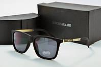 Солнцезащитные очки квадратные Dolce & Gabbana черные с золотом