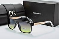 Солнцезащитные очки прямоугольные Dolce & Gabbana черные с коричневым