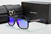 Солнцезащитные очки прямоугольные Dolce & Gabbana черные с синими линзами