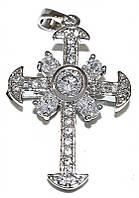 Крестик фирмы Xuping, цвет: серебряный. Камни: циркон. Высота крестика: 3,5 см. Ширина: 20 мм