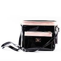 Лаковая черная сумочка с розовыми полосками