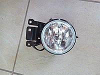 Фара противотуманная Mitsubishi Pajero Sport 1997-2008 правая  MR496370