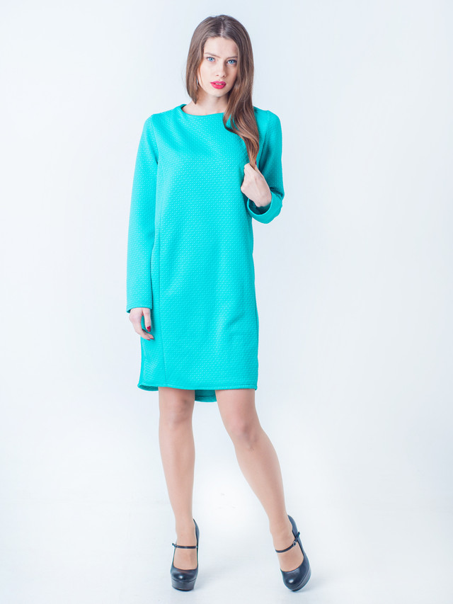 Бирюзовое зимнее платье
