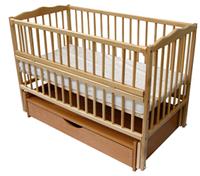 Кроватка детская Веселка тм Дубок из натурального бука с ящиком, маятником и откидной боковиной