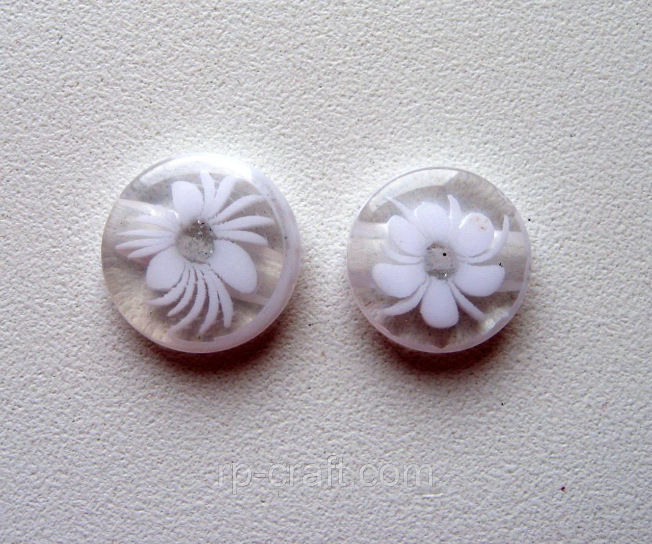 Пуговица пластиковая, декоративная, с цветком, 14 мм.