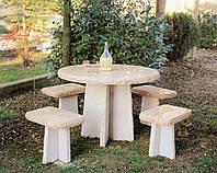 Столик с табуретками из мрамора