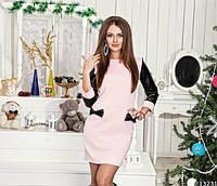 Красивое женское  платье с черными рукавами из эко-кожи, бантики на карманах, цвет пудра.  Арт-9897/79