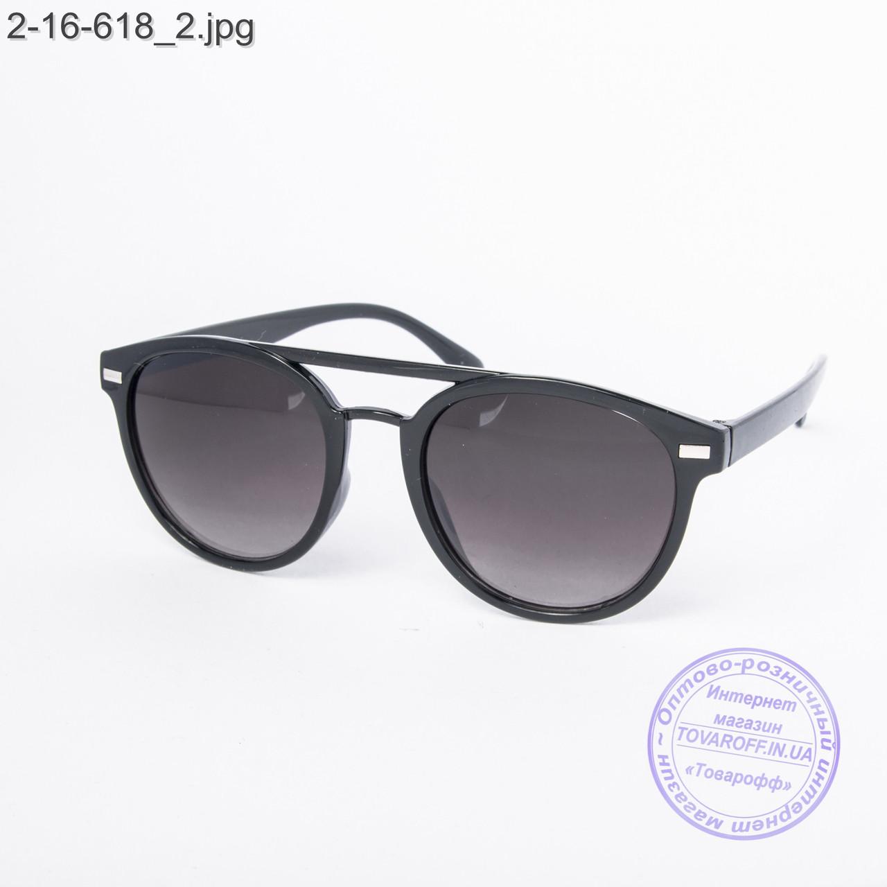 Солнцезащитные очки унисекс черные - 2-16-618