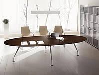 Конференц-стол для переговоров