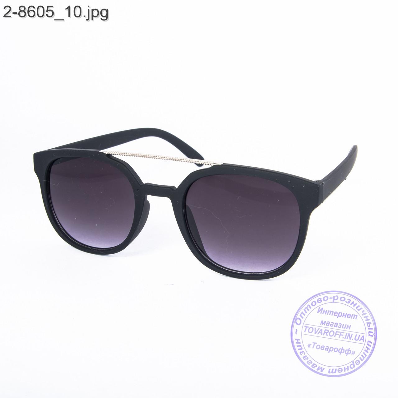 Солнцезащитные очки унисекс - черные - 2-8605