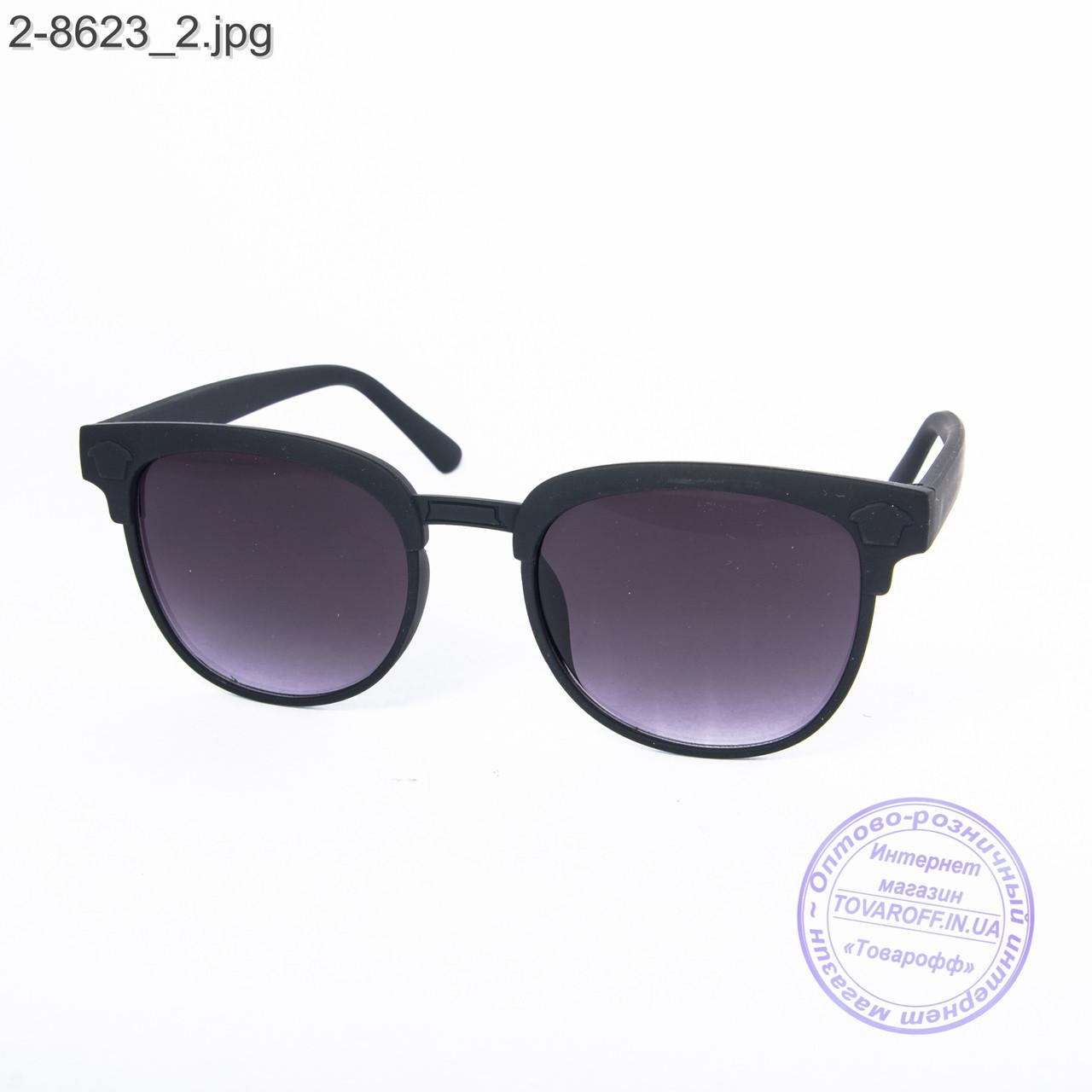 Солнцезащитные очки унисекс - черные - 2-8623