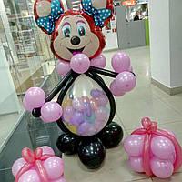 Минни Маус из воздушных шариков. Минни Маус с подарками.