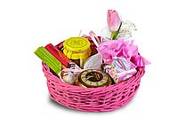 Женский подарочный набор в розовой корзине
