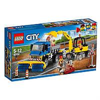 Конструктор LEGO City Уборочная техника 299 деталей (60152)