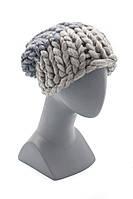Женская шапка серого цвета из шерсти