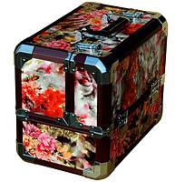 Кейс для косметики с цветочной обивкой