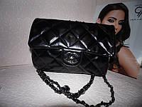 Черная сумка на цепочки