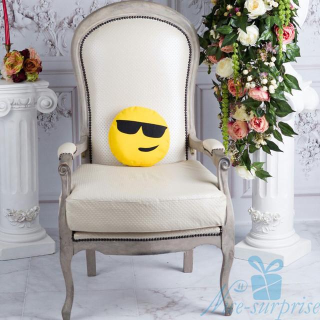 купить подушку emoji в Украине