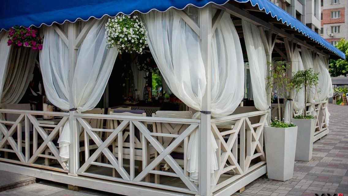 Шторы для беседок и веранд фото с пропиткой - от мух и комаров - Wood Luxury в Киеве