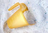 Жидкие моющие средства и их особенности в сравнении со стиральными порошками