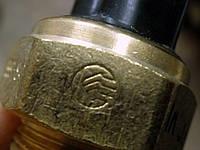 Датчики включения электровентилятора 661-3710 Таврия. Датчик включения вентилятора 661.3710 Славута термореле