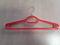 Вішаки  ОПТОМ для верхнього одягу   №3 червона