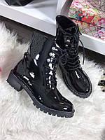 Женские ботинки на шнуровке, высокие, эко лак, черные / ботинки  женские, лаковые, модные