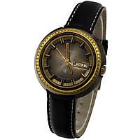 Ракета сделано в СССР часы с календарем противоударный баланс брызгозащищенные -ソ腕時計, фото 1