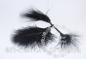 Перья декоративные черные