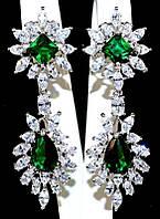 Серьги вечерние.Камень: зелёный и белый циркон. Высота серьги: 6 см. Ширина: 20 мм.