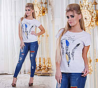 """Летняя свободная женская футболка 2892 """"Перья"""" в расцветках"""