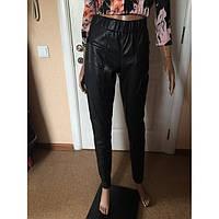 Брюки женские облегающие под кожу черные Vero Moda