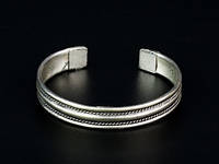 Браслет женский металлический серебристый