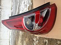 Задний фонарь Renault Sandero 2008-2013 (левый, 8200734824)