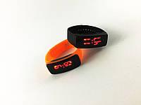 """Стильные спортивные силиконовые часы-браслет""""LED Watch"""" унисекс"""