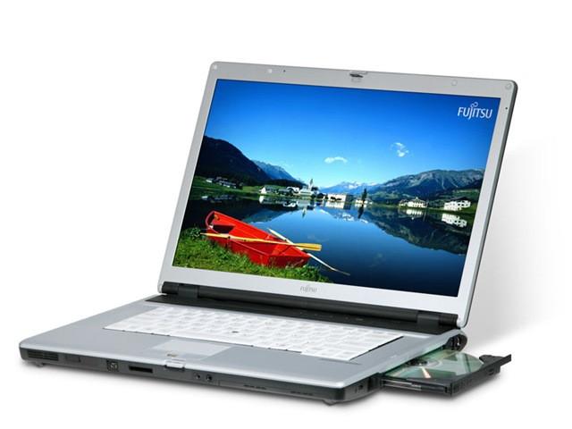 Ноутбук бу Fujitsu Siemens E8210