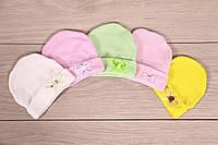 """Трикотажная шапочка для новорожденной девочки """"Barbie"""" Размер 0-1 мес, цвета в ассортименте"""