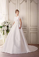 """Свадебное платье силует принцесса с рукавами """"Счастье"""" с длинным шлейфом Прокат 6450 грн."""