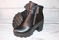 Сапоги женские на каблуке, кожа, черные