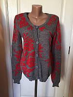 Кофта свитер туника  женская серая теплая серого цвета с красным орнаментом зима-осень Coconuda