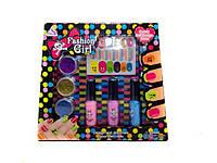 Косметика для девочки Маникюр 88020 блестки, лаки, наклейки в коробке 22*2*20см