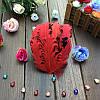 Перья гуся декоративные Красные кучерявые Основа 12x15 см 1 шт