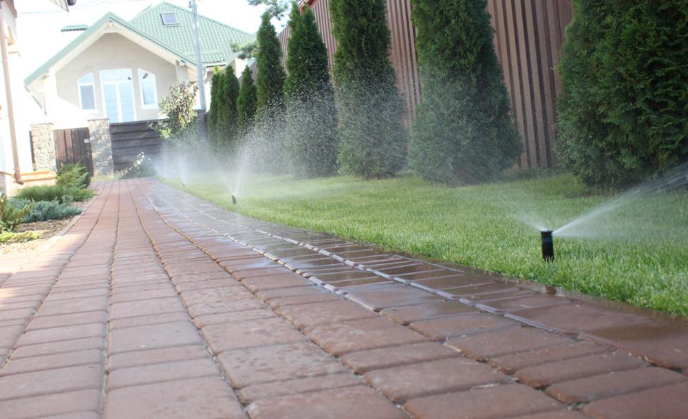 Система полива и капельное орошение в коттеджном городке Солнечный