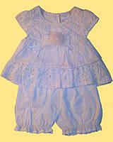 Одежда для девочки: блуза и штанишки, молочного цвета